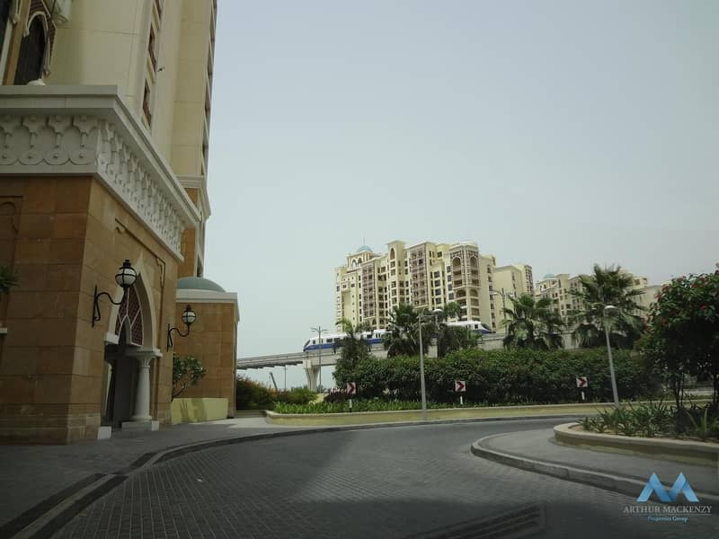 Huge 2BR Apartment for Rent with Pool View in Marina Residence Palm Jumeirah