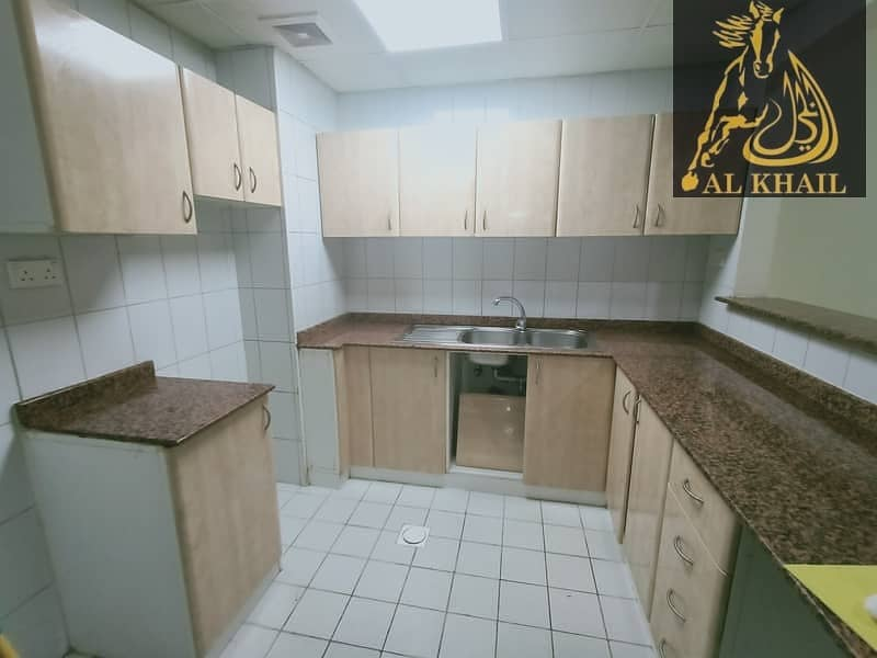2 Large 1 BR| Family Building | Fully Maintained