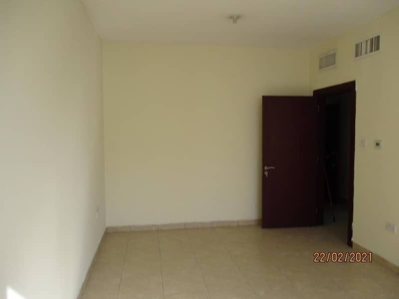 2 Spacious 2 Bedroom Flat w/2Bathrooms Available For Rent