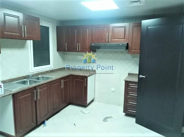 7 Hot Offer | Stylish 3-bedroom Unit | Parking and Facilities | Muroor Road