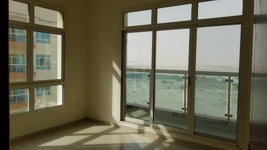 2 Bedroom Flat for Rent in Dubai Silicon Oasis, Dubai - Bright & Spacious  2B/R Apartment |With Balcony