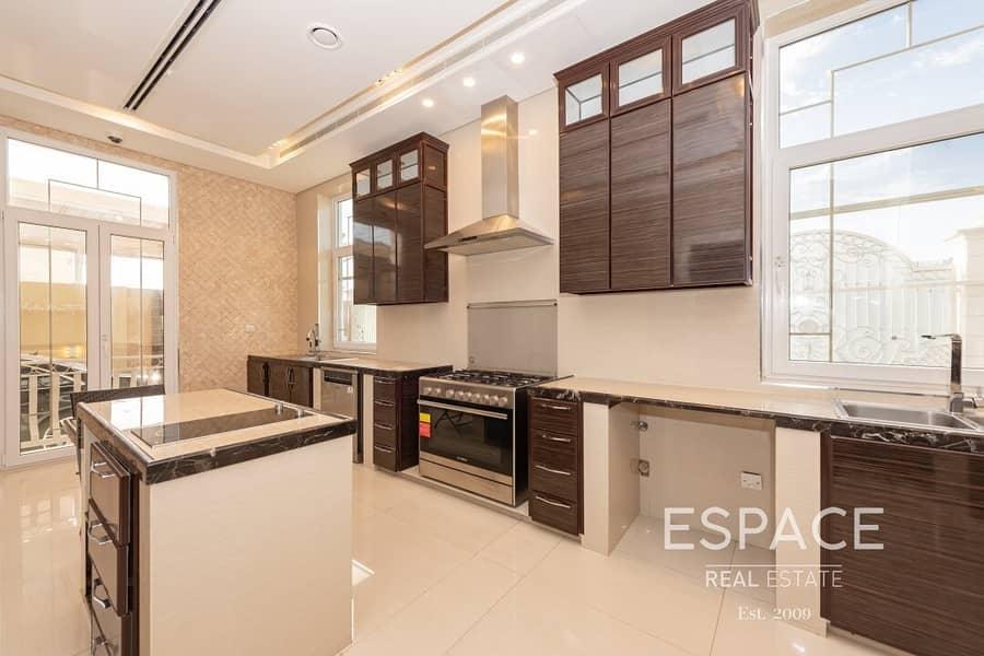 13 Designer Mansion - High End Luxury Finish