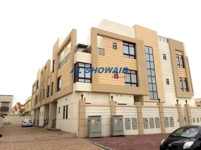 فیلا 5 غرف نوم للايجار في مردف، دبي - Stunning  4 Br Villa with pool Opp uptown Mirdiff