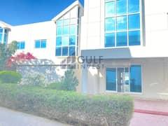 فیلا في فلل 33 تيكوم مدينة دبي للإعلام 4 غرف 139990 درهم - 5021323