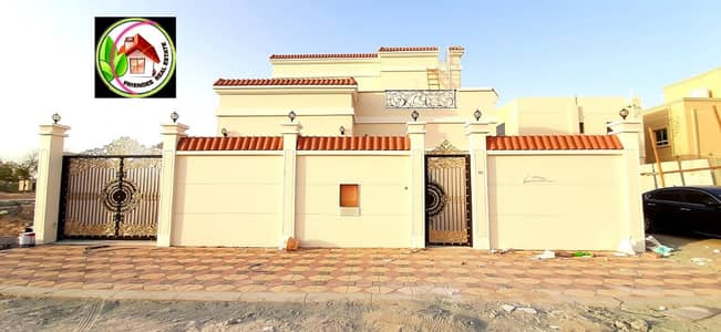 5 Bedroom Villa for Sale in Al Helio, Ajman - Villa for sale, super deluxe finishing, freehold for all nationalities and a very excellent location without down payment, close to all services, next to Al Hamidiyah Park
