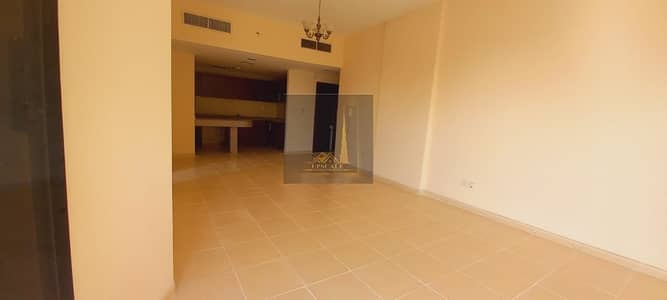1 Bedroom Apartment for Sale in Dubai Residence Complex, Dubai - Hottest Offer for Investors in Dubailand