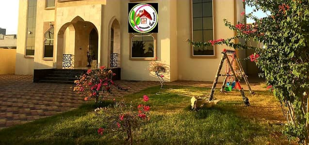 6 Bedroom Villa for Sale in Al Raqaib, Ajman - A personal finishing villa with a Spanish stone face, the best European decorations and designs, first class. The villa bills are fully available without down payment. Central air conditioning. General ready to live on the key. A very privileged location.