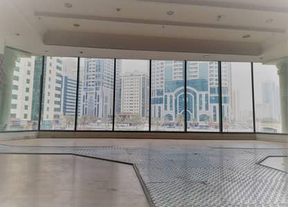 Shop for Rent in Al Majaz, Sharjah - Direct from Landlord! No Commission! Retail space in Al Majaz 3