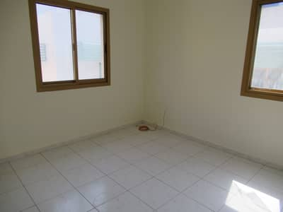 فلیٹ 1 غرفة نوم للايجار في بر دبي، دبي - ONE BED ROOM HALL AVAILABLE NEAR BUR JUMAN METRO XEIT 4 BUR DUBAI GOOD LOCATION