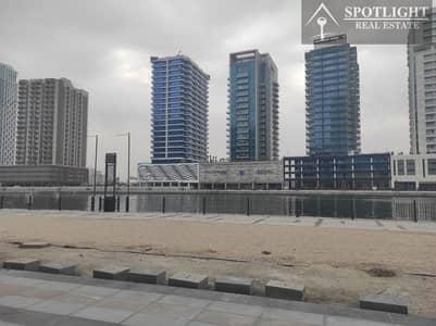 محل تجاري  للايجار في الخليج التجاري، دبي - Brand New Shop In Brand New Building For Rent Business Bay