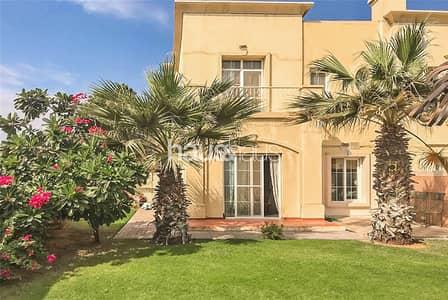 فیلا 3 غرف نوم للايجار في الينابيع، دبي - Upgraded | Immaculate villa | Call Rebecca