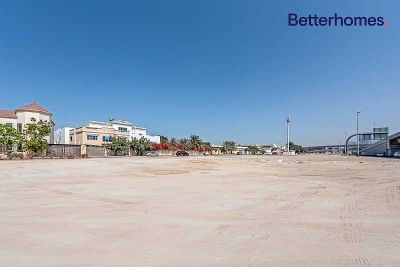 Unique plot Direct on Sheikh Zayed Road