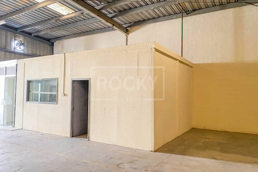 2 1 Month Free   Fitted   Warehouse   No Tax