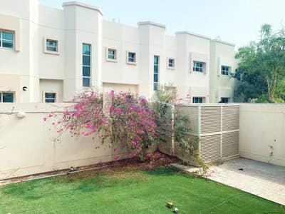 فیلا 3 غرف نوم للايجار في البدع، دبي - فیلا في البدع 3 غرف 120000 درهم - 5022285