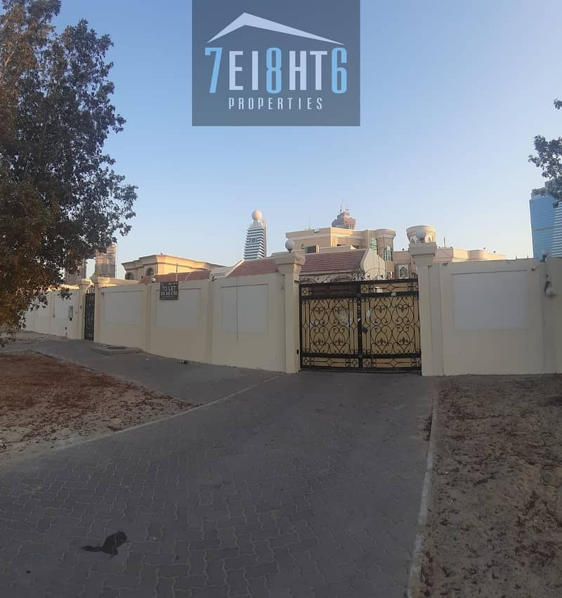 11 Beautifully presented: 6-7 b/r good quality indep villa + maids room + large garden for rent in Jafiliya