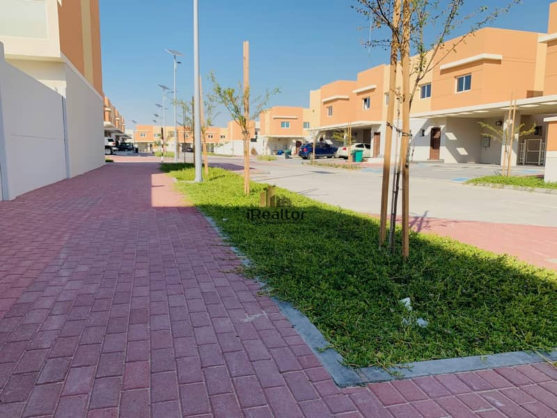 20 Own A  Brand New 3 Bed Villa in Al samha 1.375M