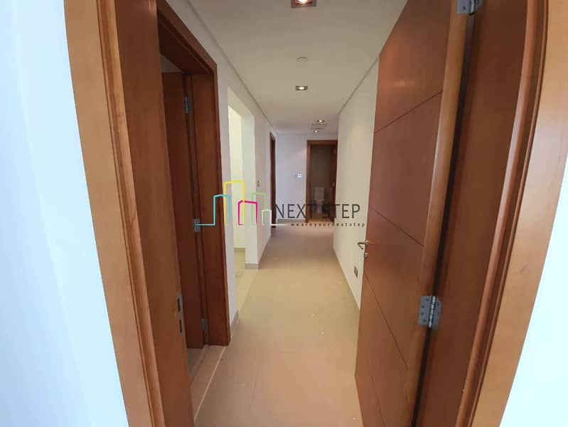 2  Balcony with All Facilities & 2 Parkings