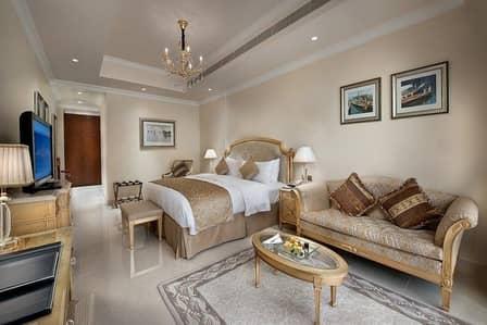 شقة 2 غرفة نوم للايجار في نخلة جميرا، دبي - Spectacular sea view! Luxury 2 Br Apt . Reside in 5* Hotel Facility on the Palm