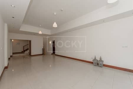 3 Bedroom Townhouse for Rent in Palm Jumeirah, Dubai - Exclusive | 3 bed Townhouse | Plus Maids