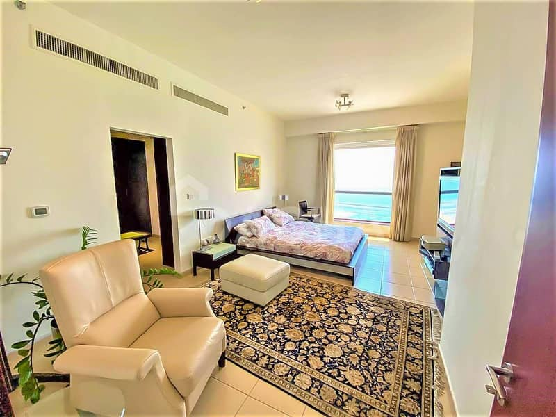 Full sea view / High Floor / Furnished / Vacant