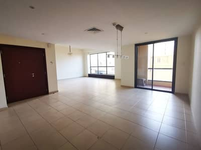 Low Floor Large  3BR+Maid Room for Rent in Bahar 4