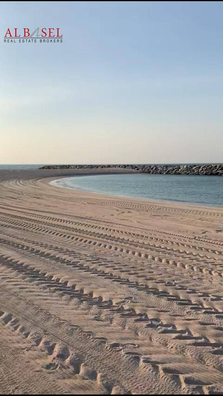 3 Beach Front Plot in Jumeirah Bay Island for Sale!
