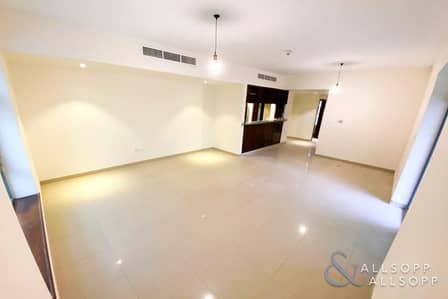 2 Bedroom Flat for Rent in The Views, Dubai - UPGRADED | LARGE TERRACE | TWO BEDROOMS