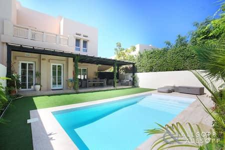 فیلا 3 غرف نوم للبيع في البحيرات، دبي - Exclusive | Fully Upgraded | Private Pool