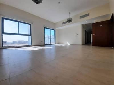 2 Bedroom Apartment for Rent in Al Furjan, Dubai - LIVING ROOM