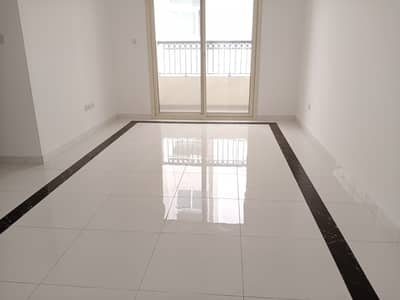 3 Bedroom Apartment for Rent in Muwailih Commercial, Sharjah - 3 BHK 3 BATHROOM WITH BALCONY MASTER ROOM PARKING FREE 30 DAYS FREE IN MUWAILIH SHARJAH