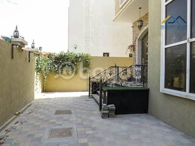 5 Bedroom Villa for Sale in Al Rawda, Ajman - A new villa with water and electricity, a great location in Al Rawda 1, behind Al Hamidiyah Police Station, near the mosque