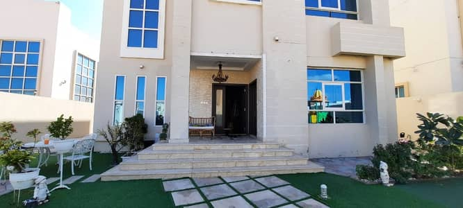 5 Bedroom Villa for Rent in Al Jurf, Ajman - Villa for rent in Ajman, Al Jarf, personal finishing, two floors, 5 rooms, majlis, hall, and air conditioners 0562417250