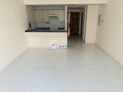 Studio for Rent in Bur Dubai, Dubai - NEAR BURJUMAN METRO | BIG SIZE STUDIO | WARDROBES | PARKING | GYM  & POOL | 1 MONTH FREE