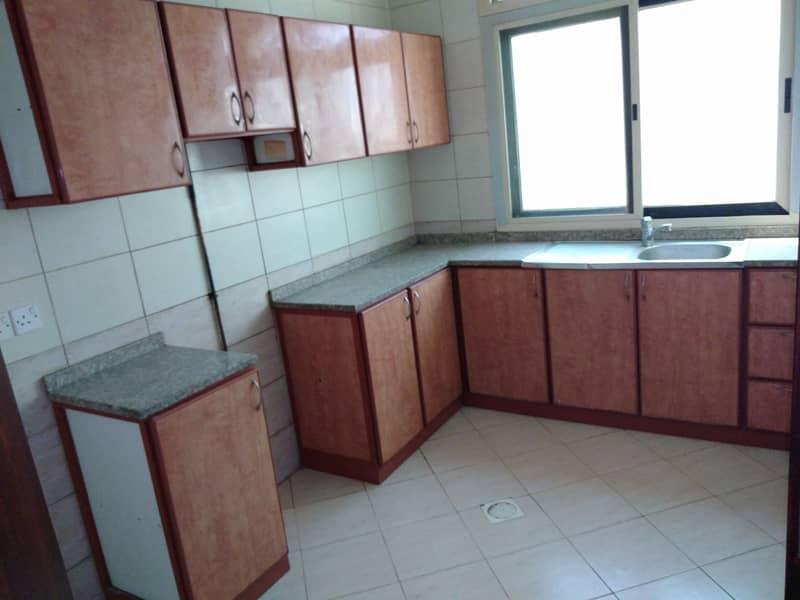 شقة في مبنى مويلح مويلح 1 غرف 17000 درهم - 5023839
