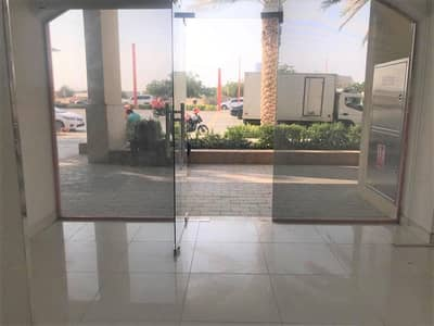 Shop for Rent in Motor City, Dubai - Large & Vacant Shop in Uptown Motor City