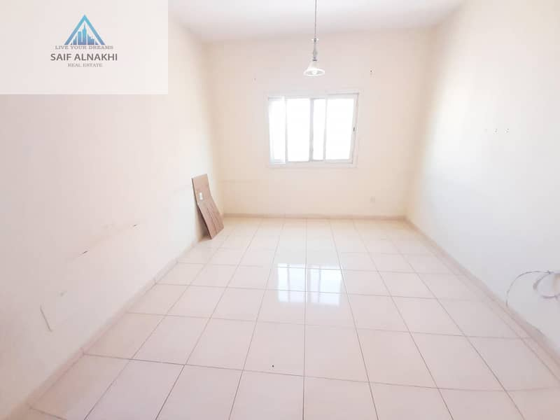 1BHK JUST IN 16500 CENTERL AC FAMILY BUILDING ON THE MAIN ROAD
