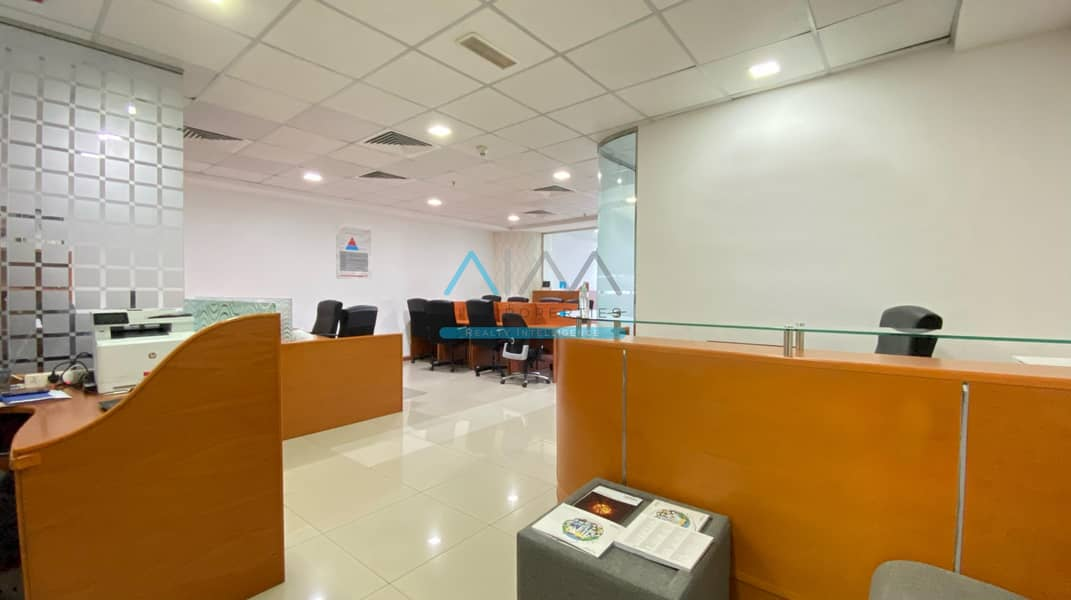1100sqft Office \ Managers &  Meeting Room \ Workstations \ Furnished - Citadel