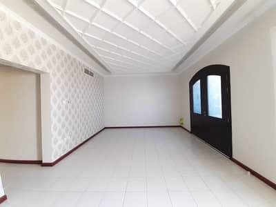 فیلا 3 غرف نوم للايجار في ديرة، دبي - Hall Side View