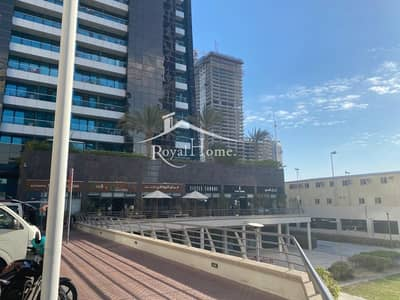 Shop for Sale in Jumeirah Lake Towers (JLT), Dubai - Shop for sale with large roof terrace