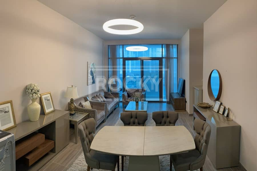 10 Fully Furnished   2-Bed   Full Lake