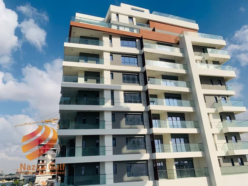 2 6 Payments for Sea View 1 BR Apartment