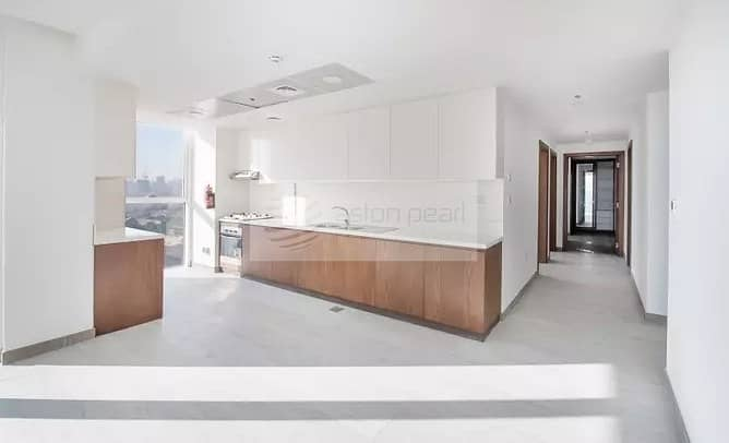 2 Pool View|Great Investment| Luxury | Very Spacious