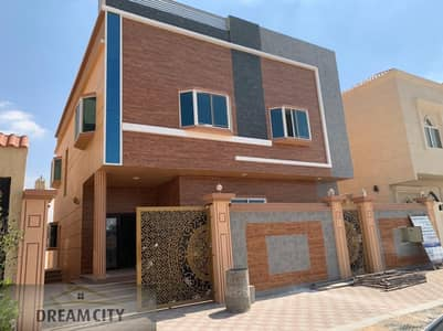 5 Bedroom Villa for Sale in Al Helio, Ajman - Excellent Arabic design villa for sale, freehold all nationalities, without down payment, with the best banking facilities