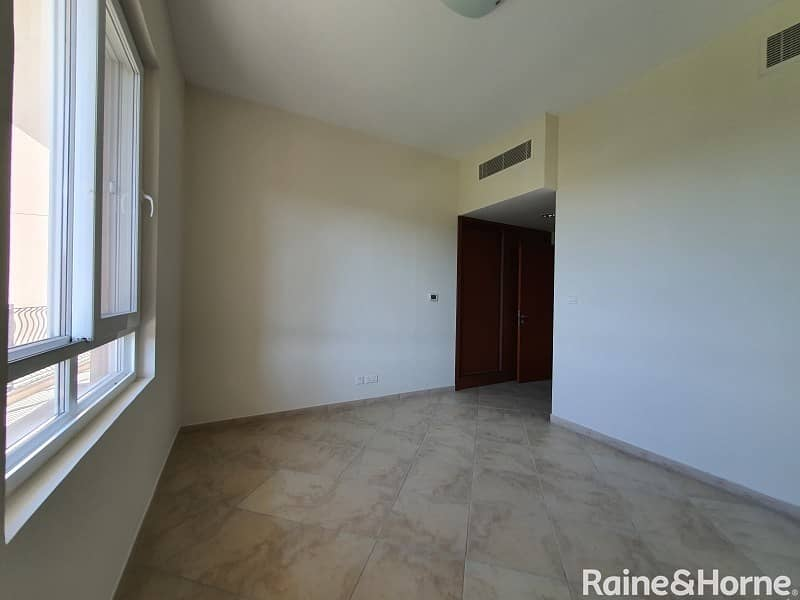 Elegant 2 BR | Garden View| Excellent Amenities