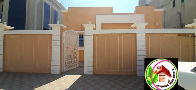 4 Bedroom Villa for Sale in Al Yasmeen, Ajman - For sale, ground floor villa on a street, super deluxe finishing, at a direct shot price from the owner, with payment facilities, a very privileged location