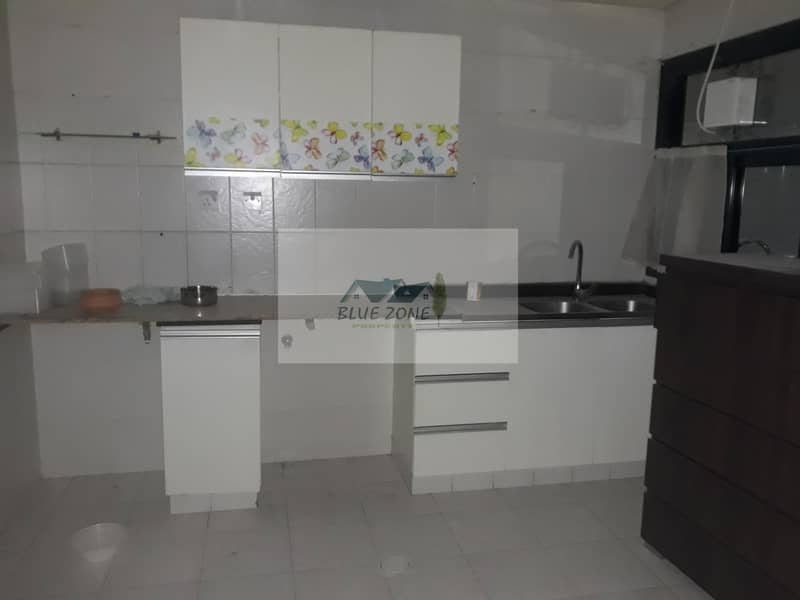 2 45 days free Studio split ac and gas connection in 6 payments diposit undated cheque butina sharjah