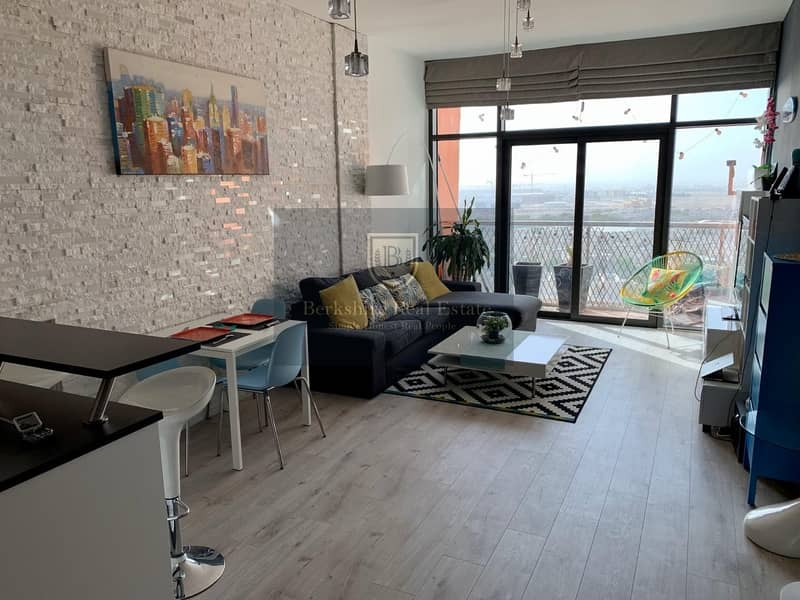 Stunning 3 BR Duplex Apt | Well Maintained | DSO