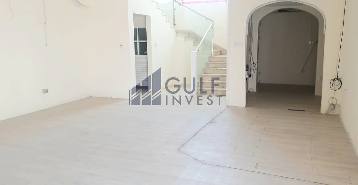 2 Beautiful large 8 + bed commercial villa in Safa 2