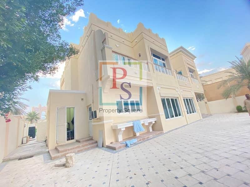 2 Luxurious 4 BD Villa with Pool in Prestigious Location