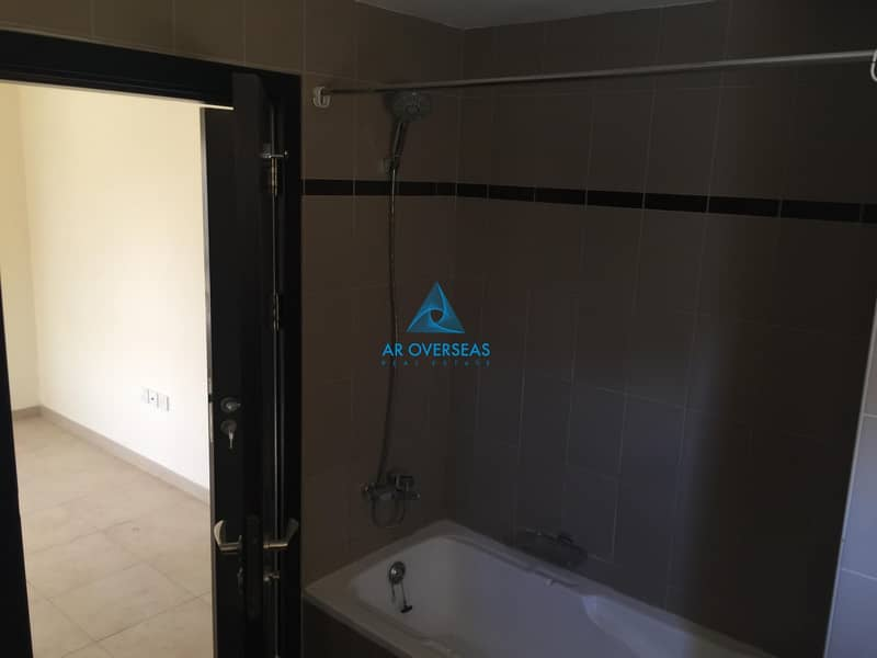 2 Vacant 1 Br with closed kitchen available for Sale